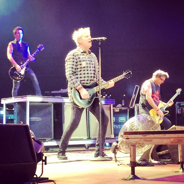 Offspring >> Mesa Amphitheatre